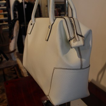 Ferragamo-Ivory-Textured--Leather-Satchel_64788E.jpg