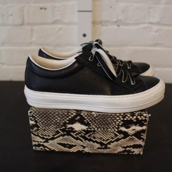 Ferragamo-Size-6-Sneakers-Low-Top_63609A.jpg