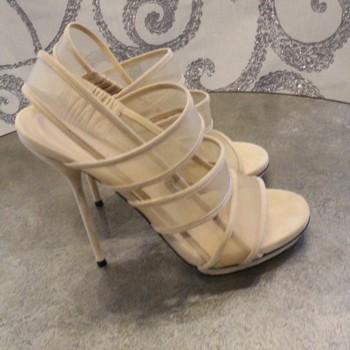 Gucci-Size-38-Mesh-slingbsack-Sandals_63379A.jpg
