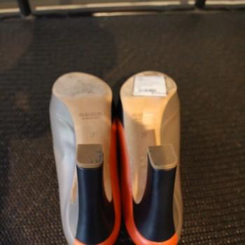 Jil-Sander-Size-37-OrangeTaupe-and-Navy-Pumps_62352E.jpg