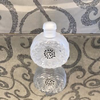 Lalique-Crystal_63660A.jpg