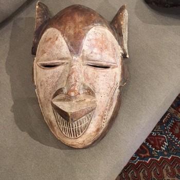 Primitive-Wood-Masks_65462A.jpg