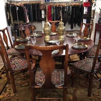 Round-Mahoghany-Drop-Leaf-Table_65558A.jpg