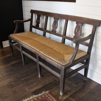Rustic-wooden-bench-with-Rush-Seat-and-Arms_64509A.jpg