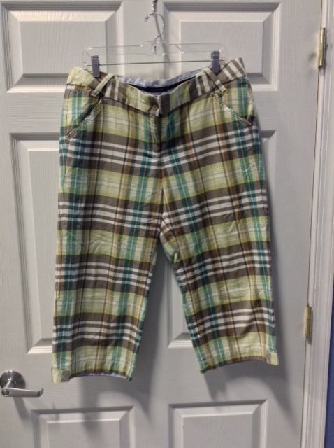 Lands-End-Size-14-Capris_93351A.jpg