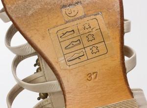 ANTIK-BATIK-Beige-Strappy-Flat-Sandals-w-Beaded-Brass-Baubles-Size-37-US-7_265234I.jpg