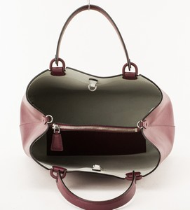ARMANI-Grape-Saffiano-Double-Handle-Leather-Shopper-Handbag_255138J.jpg