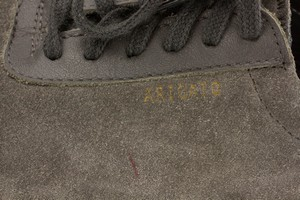 AXEL-ARIGATO-Gray-Suede-Sneakers_280900I.jpg
