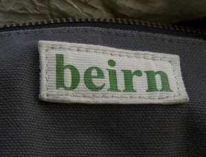 BEIRN-Cream-Snakeskin-Hobo-Bag-with-Duster_225699J.jpg
