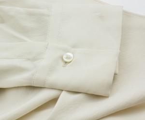 BRUNELLO-CUCINELLI-Cream-Oversize-Button-Neck-Long-Sleeve-Top_270801J.jpg