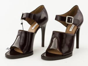 CARVEN-Maroon-Leather-Buckle-Open-Toe-Stiletto_279022B.jpg