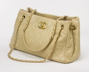 CHANEL Beige Thin City Accordion Tote Bag - Calfskin Shoulder Bag