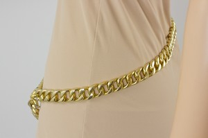 CHANEL-Gold-Chain-Link-Adjustable-Belt_210072D.jpg