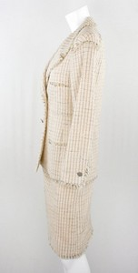 CHANEL-Pink-tweedy-wool-blazer-2-piece-skirt-suit-size-36_251751B.jpg