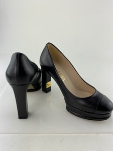Chanel-Pumps_299271B.jpg