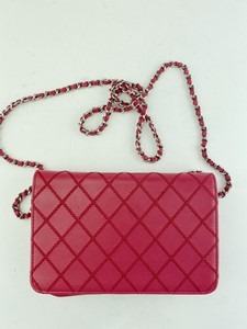 Chanel-Shoulder_301664B.jpg