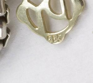 DAVID-YURMAN-Sterling-925-renaissance-pendant-enhancer-on-long-chain_253138G.jpg