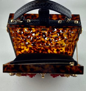 Dolce--Gabbana-Clutch--Evening_302474H.jpg