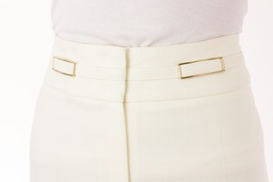 ESCADA-Off-White-Trousers-with-Gold-Hardware-Accent_264256C.jpg