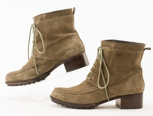 Elizabeth--James-Gray-Suede-Lace-Up-Ankle-Boots_268838E.jpg