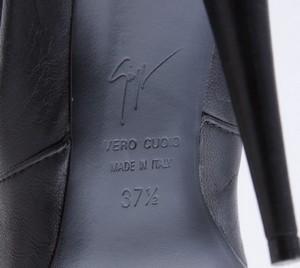 GIUSEPPE-ZANOTTI-Black-leather-stiletto-boots-w-gold-zip-claw-size-EU-37.5-7.5_254893H.jpg