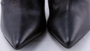 GIUSEPPE-ZANOTTI-Black-leather-stiletto-boots-w-gold-zip-claw-size-EU-37.5-7.5_254893I.jpg
