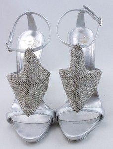 GIUSEPPE-ZANOTTI-Silver-rhinestone-platform-strappy-sandals-size-EU-36.5_253912C.jpg