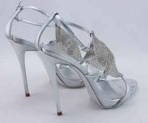 GIUSEPPE-ZANOTTI-Silver-rhinestone-platform-strappy-sandals-size-EU-36.5_253912E.jpg