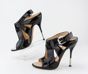 GUISEPPE-ZANOTTI-Black-Patent-Leather-Cut-Out-Heels_287498D.jpg