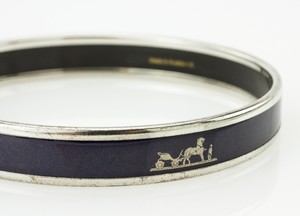 HERMES-Blue-Narrow-Palladium-Bangle-GM-70_251023E.jpg