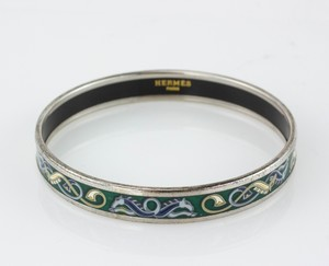 HERMES-Blue-and-Green-Horse-Narrow-Bangle-Size-70_282941F.jpg