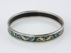 HERMES-Blue-and-Green-Horse-Narrow-Bangle-Size-70_282941G.jpg