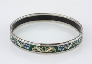 HERMES-Blue-and-Green-Horse-Narrow-Bangle-Size-70_282941H.jpg
