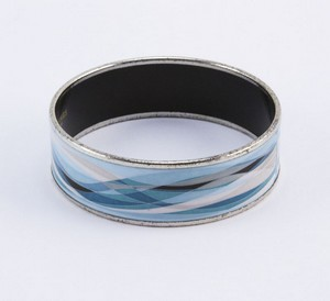 HERMES-Blue-enamel-print-wide-silver-bangle_199813C.jpg