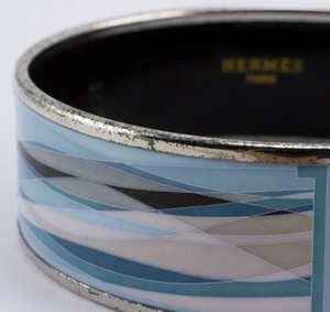 HERMES-Blue-enamel-print-wide-silver-bangle_199813I.jpg