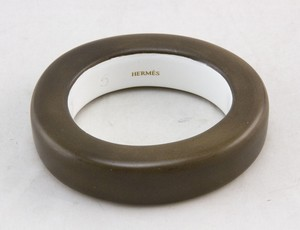 HERMES-Brown-Bone--Horn-Bangle-XS-Bracelet-w-Box_237954B.jpg