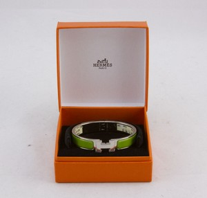 HERMES-Green-palladium-narrow-H-clic-clac-bangle-bracelet_244232C.jpg