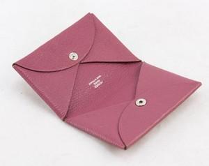 HERMES-Light-pink-Calvi-epsom-credit-card-holder-case_251028E.jpg