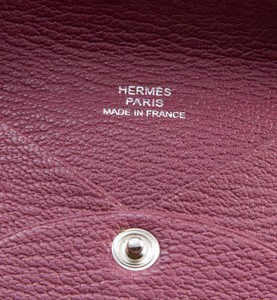 HERMES-Light-pink-Calvi-epsom-credit-card-holder-case_251028F.jpg