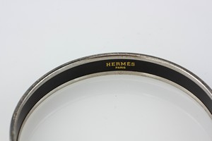 HERMES-Magenta-Assorted-Ornaments-Narrow-Bangle-Size-70_282940C.jpg