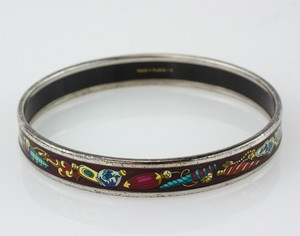 HERMES-Magenta-Assorted-Ornaments-Narrow-Bangle-Size-70_282940F.jpg