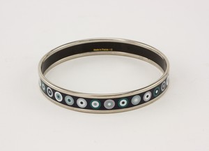 HERMES-Palladium-Plated-Narrow-Bangle-with-Blue-Dot-Print-Size-70_273118C.jpg