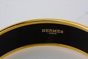 HERMES-Red-Bangle-Size-70_295082C.jpg