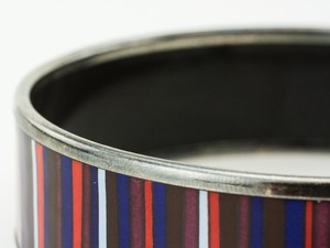 HERMES-Red-White-and-Blue-Striped-Palladium-Bangle-GM-70_251020E.jpg