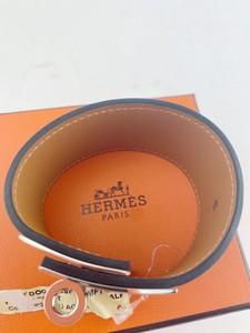 Hermes-Kelly-Dog-swift-Calfskin-Bracelet-bleu-agate_291246C.jpg