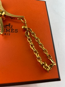 Hermes-Scarves_272159B.jpg