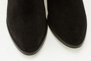 IVYLEE-black-suede-short-bootie_269423G.jpg