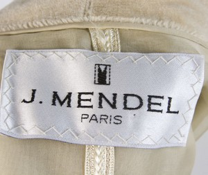 J-MENDEL-Cream-sheared-mink-collared-cropped-jacket-size-6_250922D.jpg