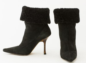 JIMMY-CHOO-black-short-suede-boots_270517C.jpg