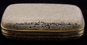 JUDITH-LEIBER-Gold-rhinestone-crystal-clasp-hard-clutch-with-chain-and-mirror_209063E.jpg